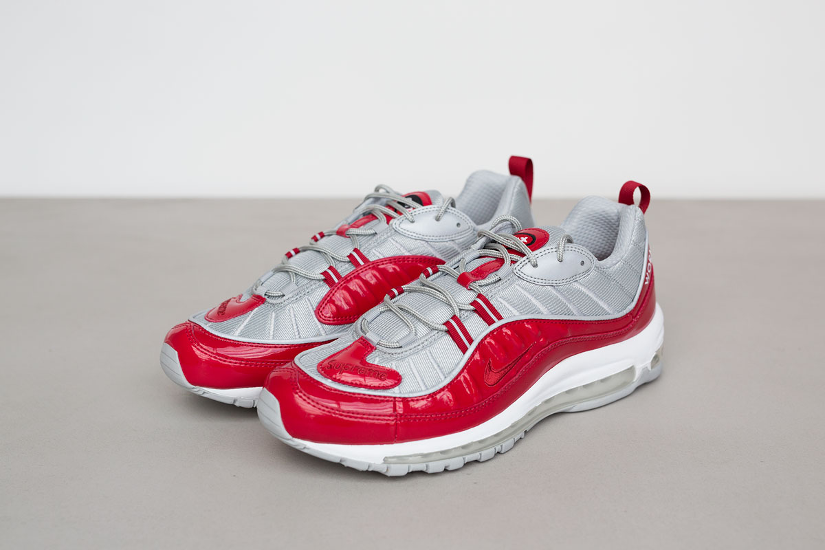 supreme-air-max-98-detailed-look-1