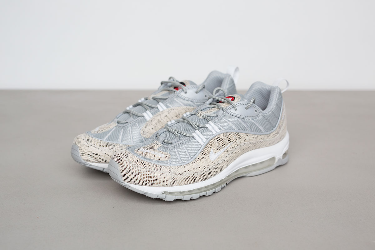 supreme-air-max-98-detailed-look-5