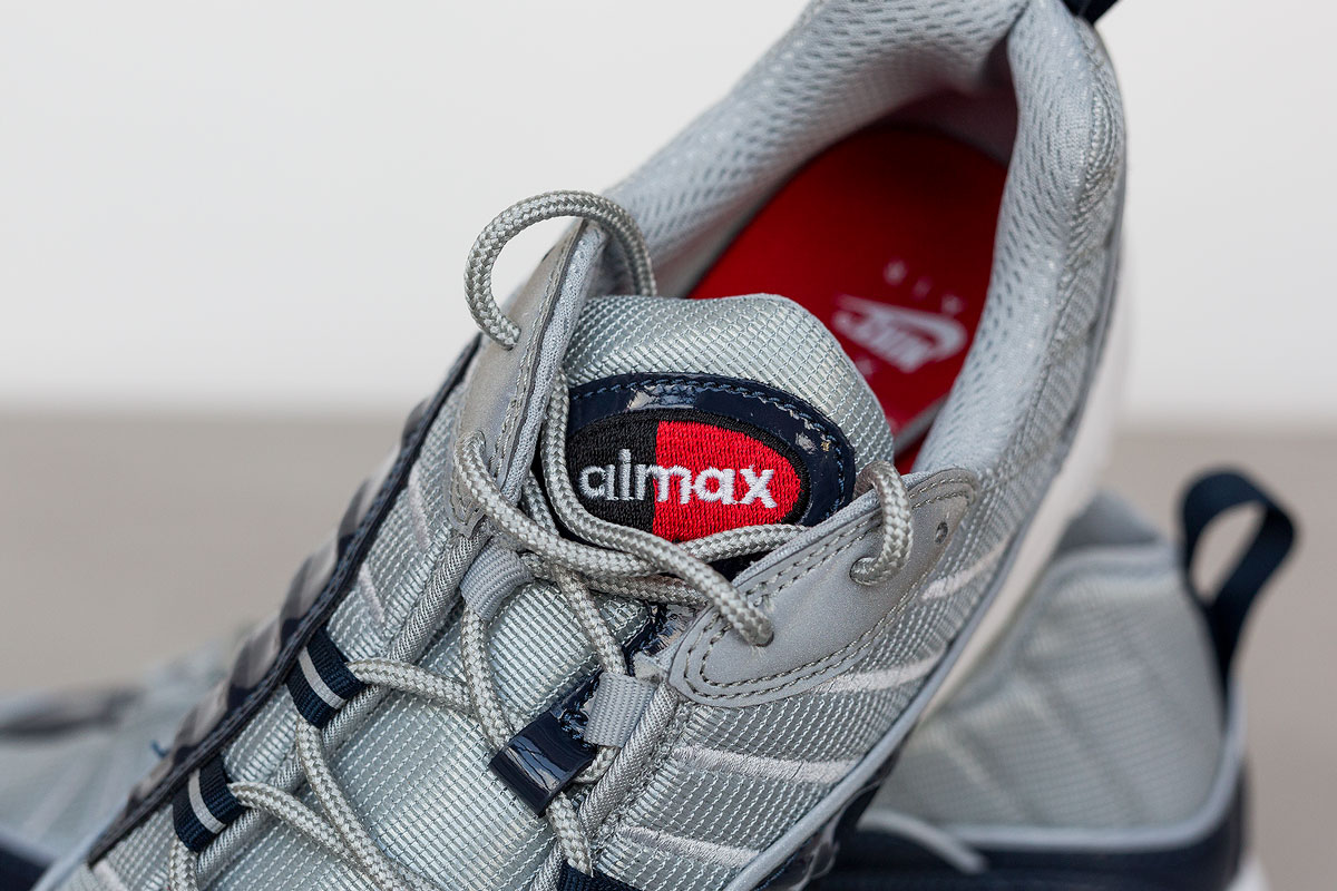 supreme-air-max-98-detailed-look-8