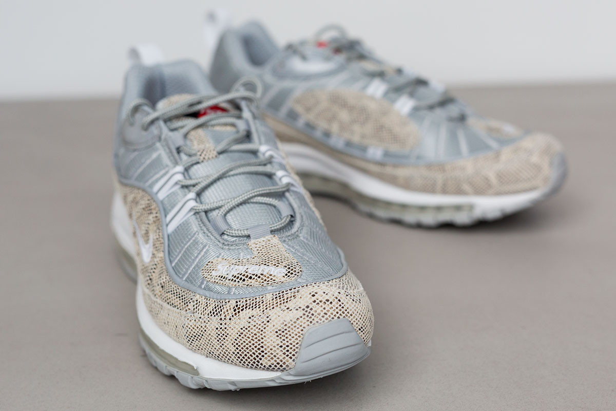 supreme-air-max-98-detailed-look-9